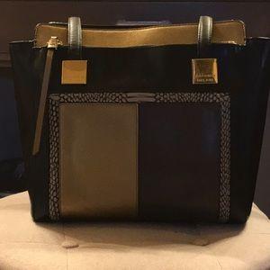 Antonio Melanin black, gold beige, purse